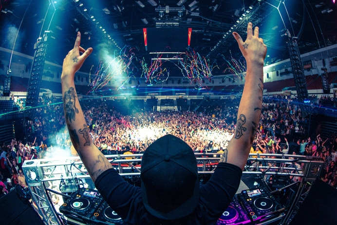 Steve Angello wants YOU to open for SIZE MATTERS at the Hollywood Palladium