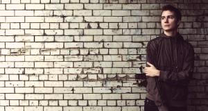 Ellie Goulding – Figure 8 (XILENT Remix)